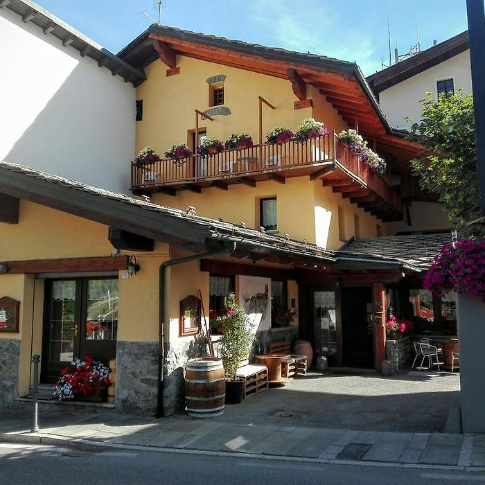 La Thuile hotels & apartments, all accommodations in La Thuile